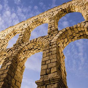 construcción romana para el transporte de agua