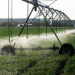 Usos del agua de riego en sistemas mecanizados