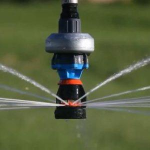 Riego Pivot por aspersión con aguas residuales